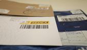 Envelope com código identificador