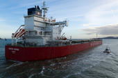 Bul Carrier Navios Gemini deixando Santos