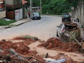 Chuva causa deslizamento em Belo Horizonte