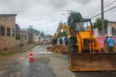 Instabilidade do solo fecha avenidas
