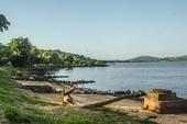 Praia de Ipanema vazia em POA